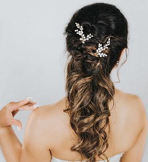 Peyton_Pearl_Bridal_Hair_Pin_Comb_8.jpg