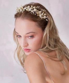 3-377_Blush_blooming_tiara_-2_1024x1024_