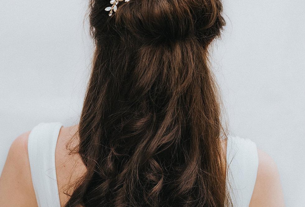 """""""Magnolia"""" Bridal Hair Pin"""