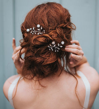 Delilah Flower Beaded Bridal Hair Pin 3-