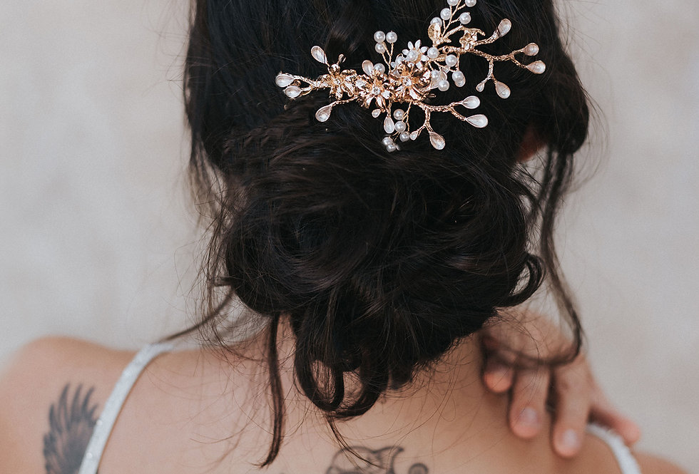 """Bryn"" Medium Bridal Hair Comb"