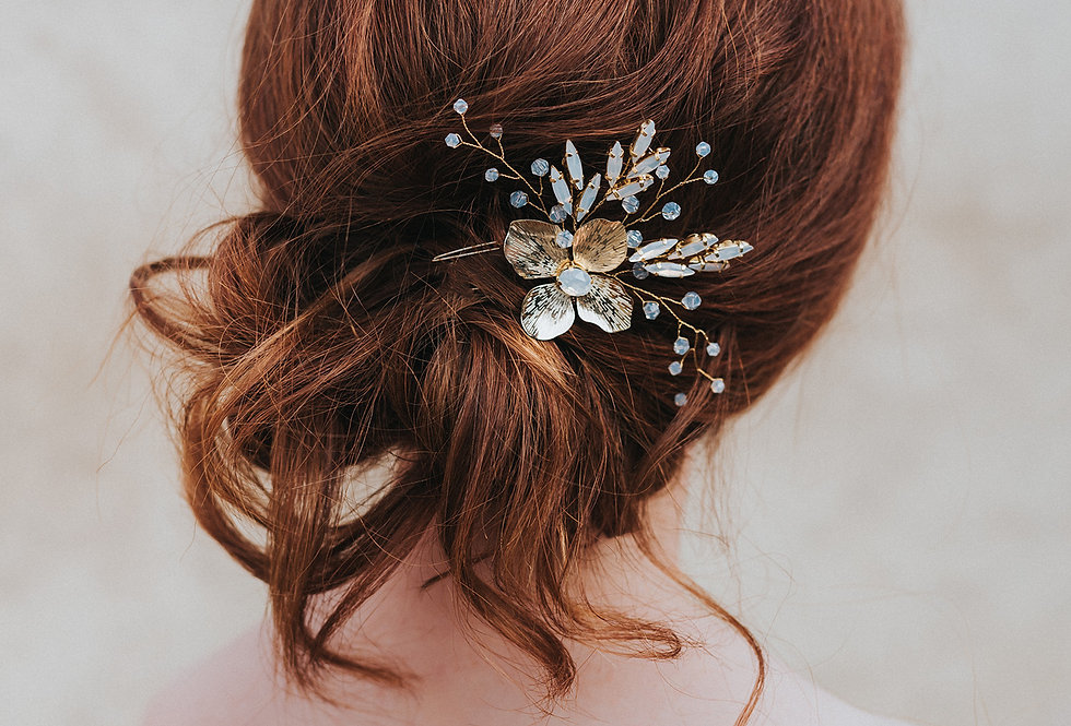 """Annabelle"" Beaded Flower Hair Comb"
