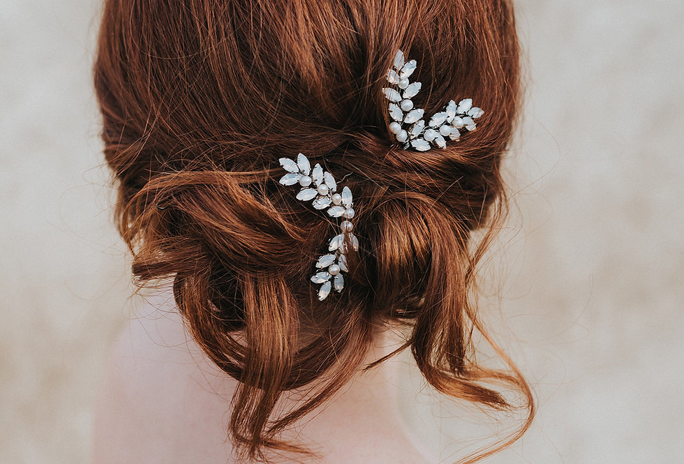 """Genevieve"" Rhinestone Hair Pin"