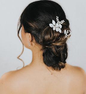 Peyton_Flower_Bridal_Hair_Pins_10.jpg
