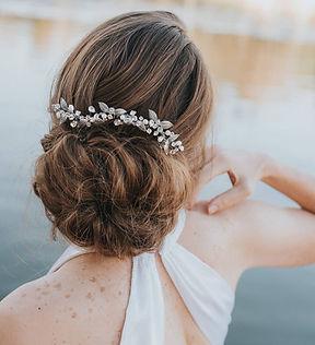 Ariana Leaf Large Bridal Hair Comb 3.jpg