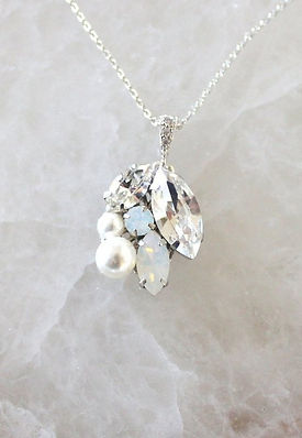 SIMPLE SWAROVSKI WHITE OPAL BRIDAL NECKL
