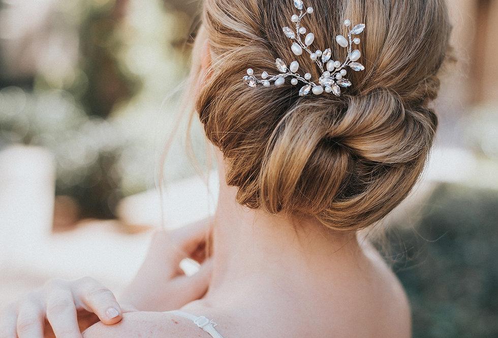"""""""Gwen"""" Bridal Hair Pin"""
