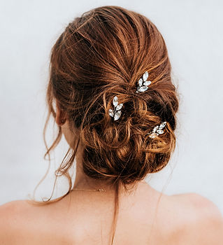 April-bridal-hair-pin.jpg