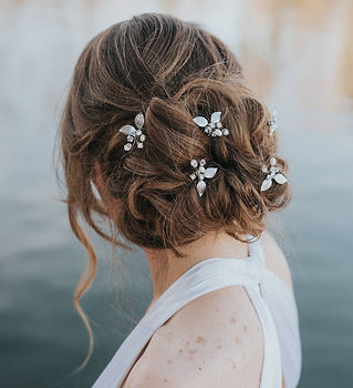 Ariana Leaf Bridal Hair Pins 6.jpg