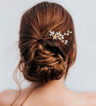 Sutton-bridal-hair-pins-4-min.jpg