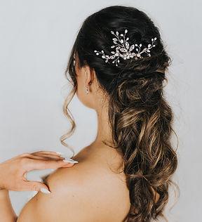 Dakota_Whimsical_Beaded_Bridal_Hair_Comb