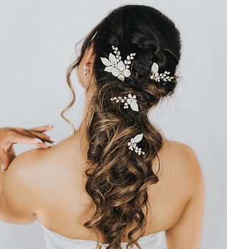 Peyton_Flower_Bridal_Hair_Pins_3.jpg