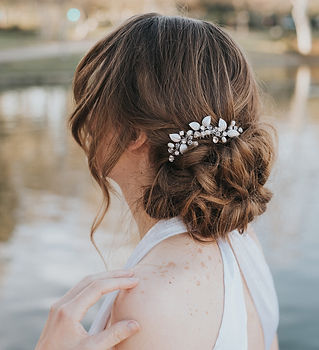 Ariana Leaf Small Bridal Hair Comb 3-min