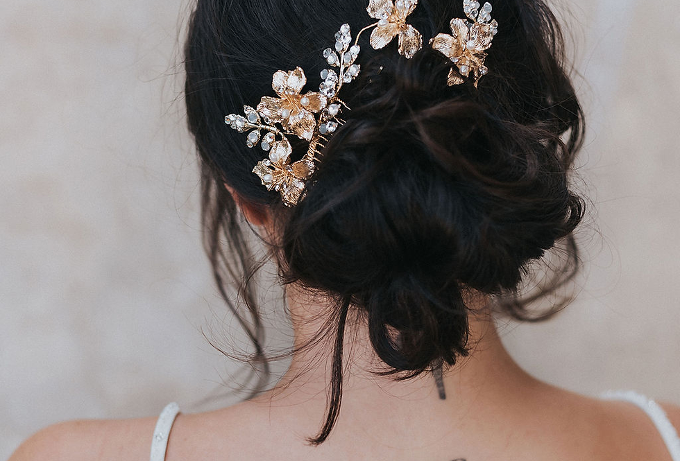 """Lauryn"" Bridal Hair Comb & Pin Set in Gold"
