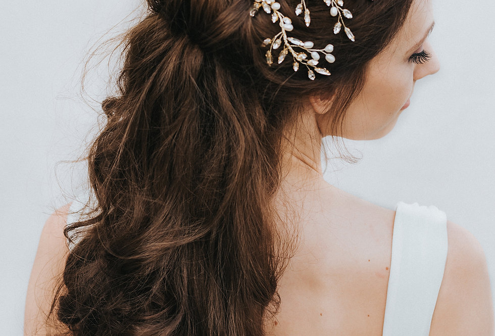 """Nyla"" Bridal Hair Comb Vine"