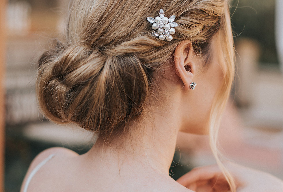 """Darla"" Small Bridal Hair Comb"