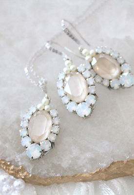 Makayla IVORY CREAM AND WHITE OPAL SWARO