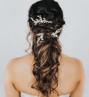 Peyton_Pearl_Bridal_Hair_Pin_Comb_1.jpg
