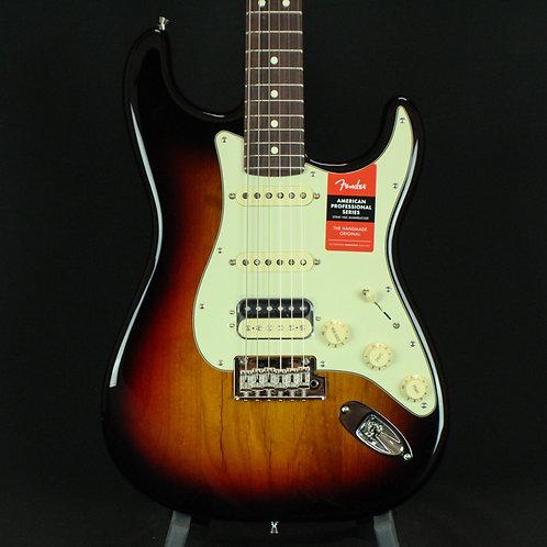 Fender® American Pro Stratocaster® HSS Shawbucker, Rosewood, 3-Color Sunburst