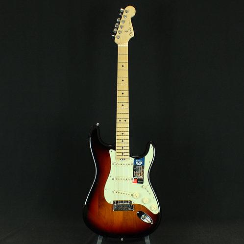 Fender® American Elite Stratocaster®, Maple Neck, 3-Color Sunburst