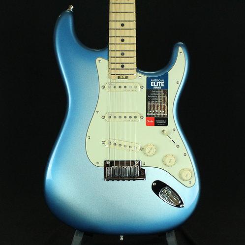 Fender® American Elite Stratocaster®, Maple Neck, Sky Burst Metallic