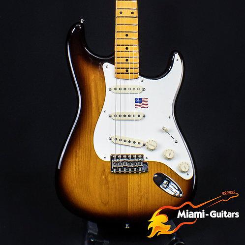 Fender Eric Johnson Stratocaster 2-Color Sunburst with Maple Fingerboard (2165)