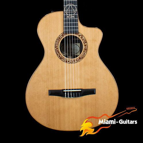Taylor Jason Mraz Signature - Natural Red Cedar (9071)