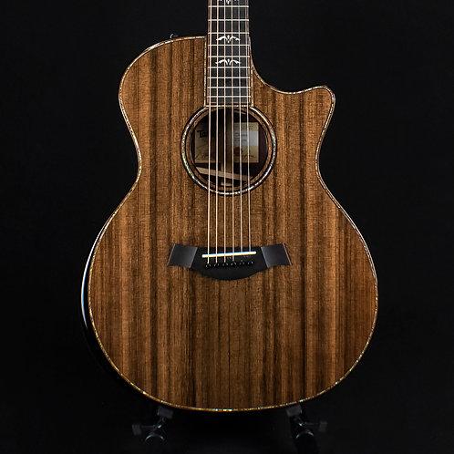 Taylor Limited Edition 914ce - Natural Sinker Redwood