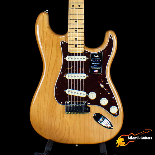 Fender American Ultra Stratocaster - Aged Natural with Maple Fingerboard