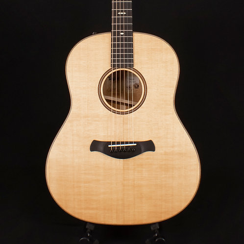 Taylor 517e Grand Pacific Builder's Edition with V-Class Bracing Natural (9026)