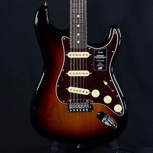 Fender American Professional II Stratocaster 3-Tone Sunburst (US20047222)