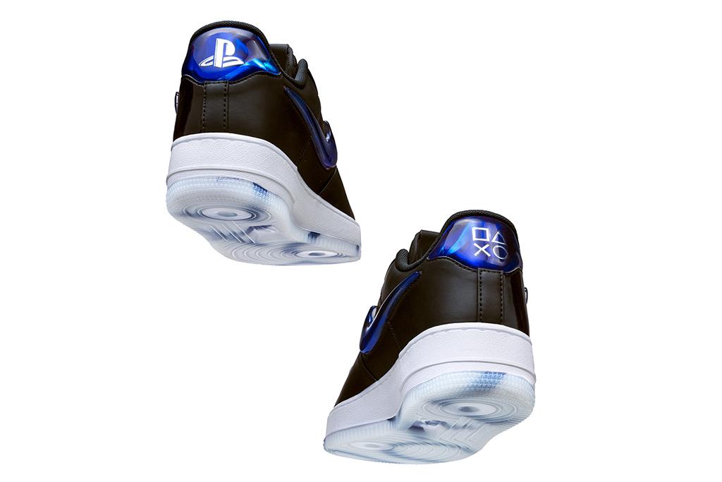 Nike SNKRS 02