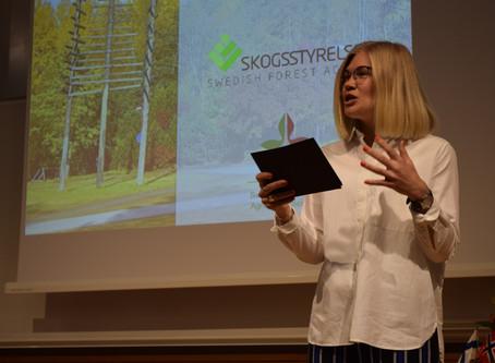 Moderatoruppdrag, föreläsning och podcast om Arktis