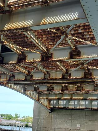 Inspection of steel bascule bridge
