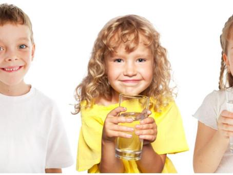 How much water children should drink?