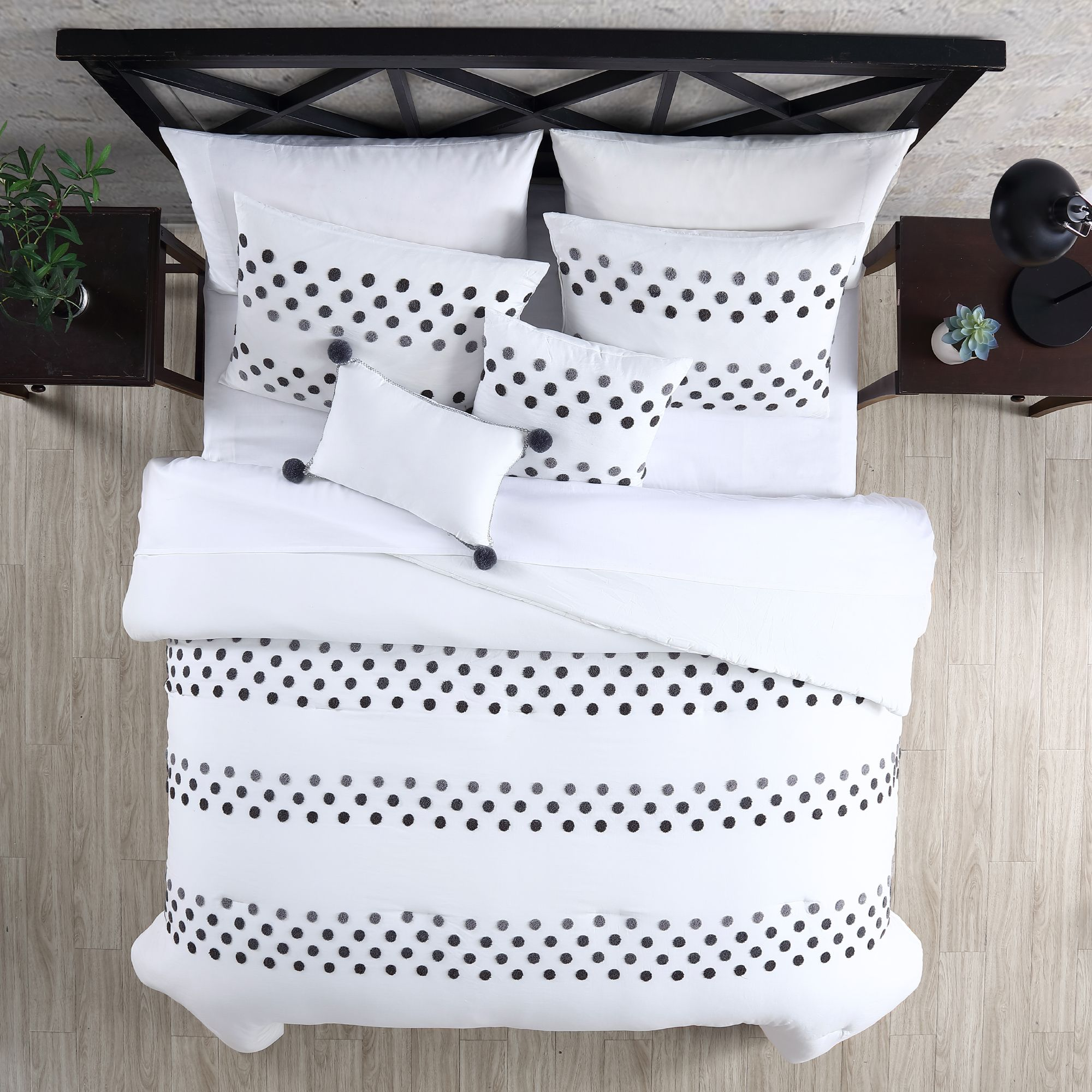 Mia - 5 Piece Comforter Set $140.00