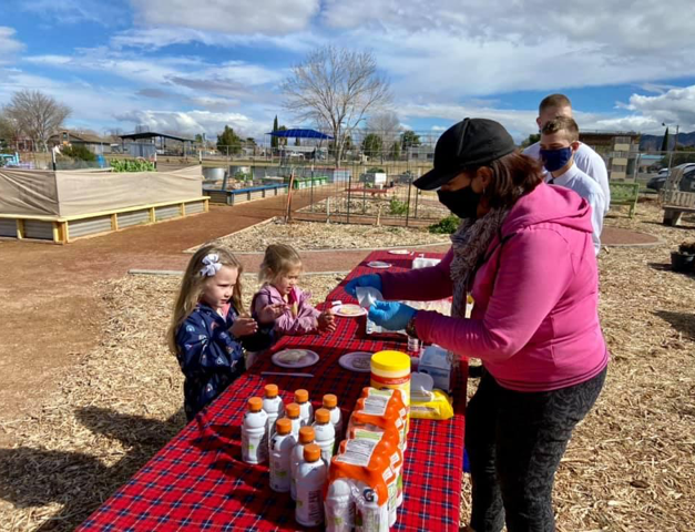 Kids decorated their own Valentine cookie.  Thanks to Andrea,  Nancy, Miss Vickie, Moms and the Missionaries from The Church of Jesus Christ- Latter Day Saints for volunteering at the event.