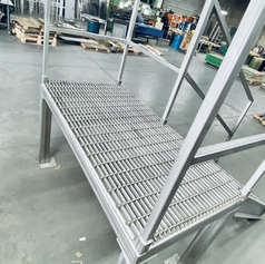 Stainless Steel collapsible platform