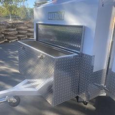 Diamond tread aluminium trailer box