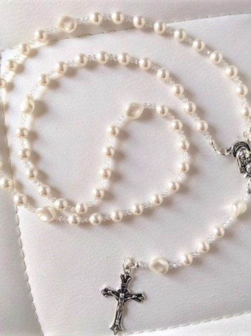 Pure White Wave Pearl Rosary Beads