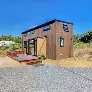 Pohutukawa-Tiny-House-03052019_193112.jp