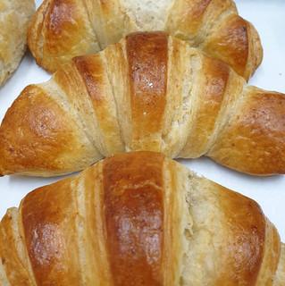 PlainCroissant.JPG