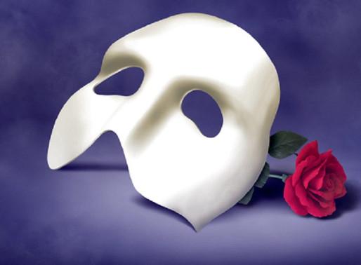 """""""Φάντασμα της όπερας"""" και θεωρία της μάσκας"""