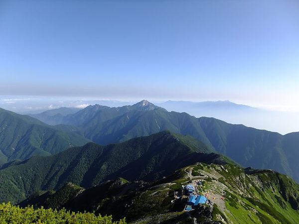 北岳山頂より.jpg