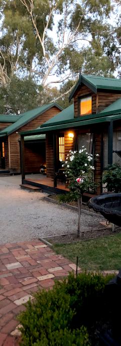 Cottages on Edward, Deniliquin