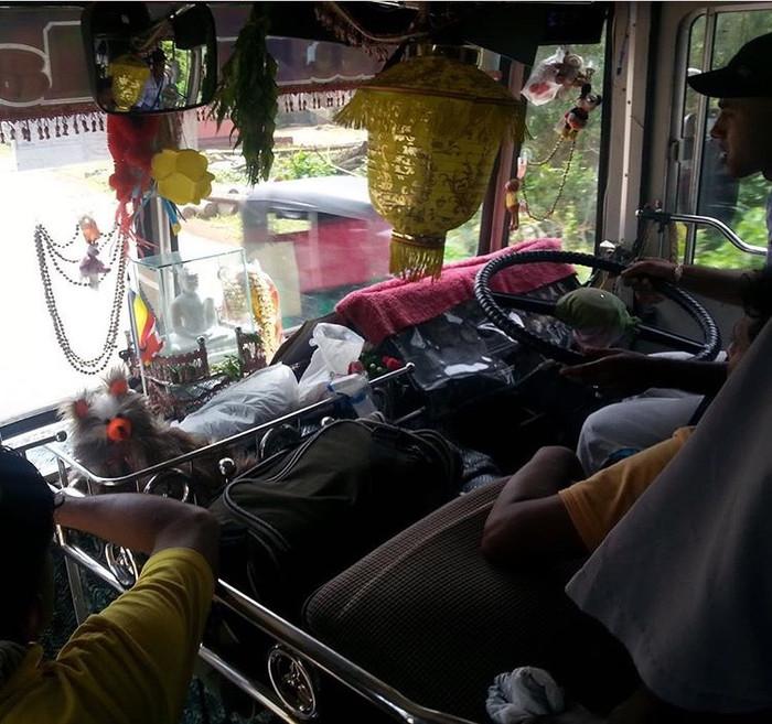 Riding With Van Damn (Lindsey RubyKhan in Sri Lanka)