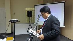 Pervaiz Roshan speaking at Seminar