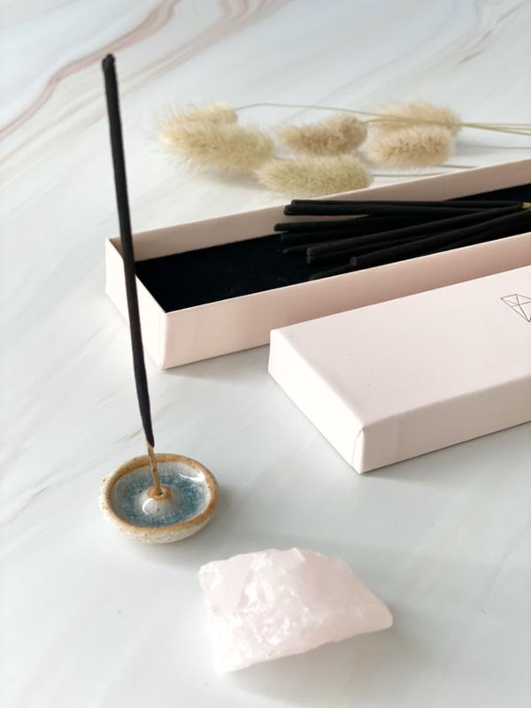 Thumbnail: Wierook & Gemstone giftbox: Roos/Rozenkwarts