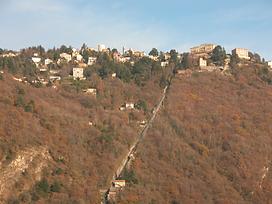 Mountains surrounding the lake: Brunate