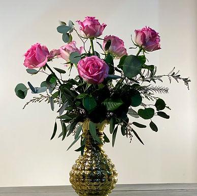 Elite 6 - Half Dozen Roses